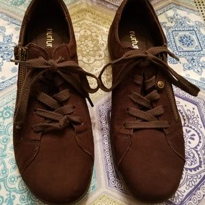 Nurture Colley Leather Sneaker Shoes Size 7M